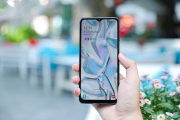Trên tay Galaxy A12: Smartphone 4 camera, pin 5.000mAh bền bỉ 9 tiếng