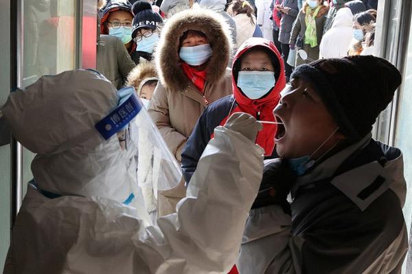 Số ca mắc Covid-19 tăng vọt ở Trung Quốc