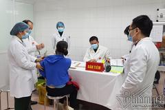 Việt Nam hoàn tất tiêm vắc xin Nanocovax  mũi 1 cho 60 tình nguyện viên