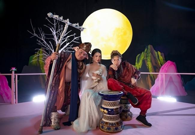 Ngô Kiến Huy thuê phim trường lớn nhất TP.HCM làm MV