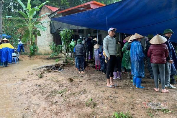 Ba cha con ở Phú Thọ tử vong bất thường trên giường