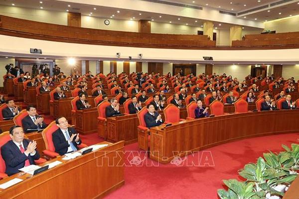 Động lực để phát triển hệ thống chính trị