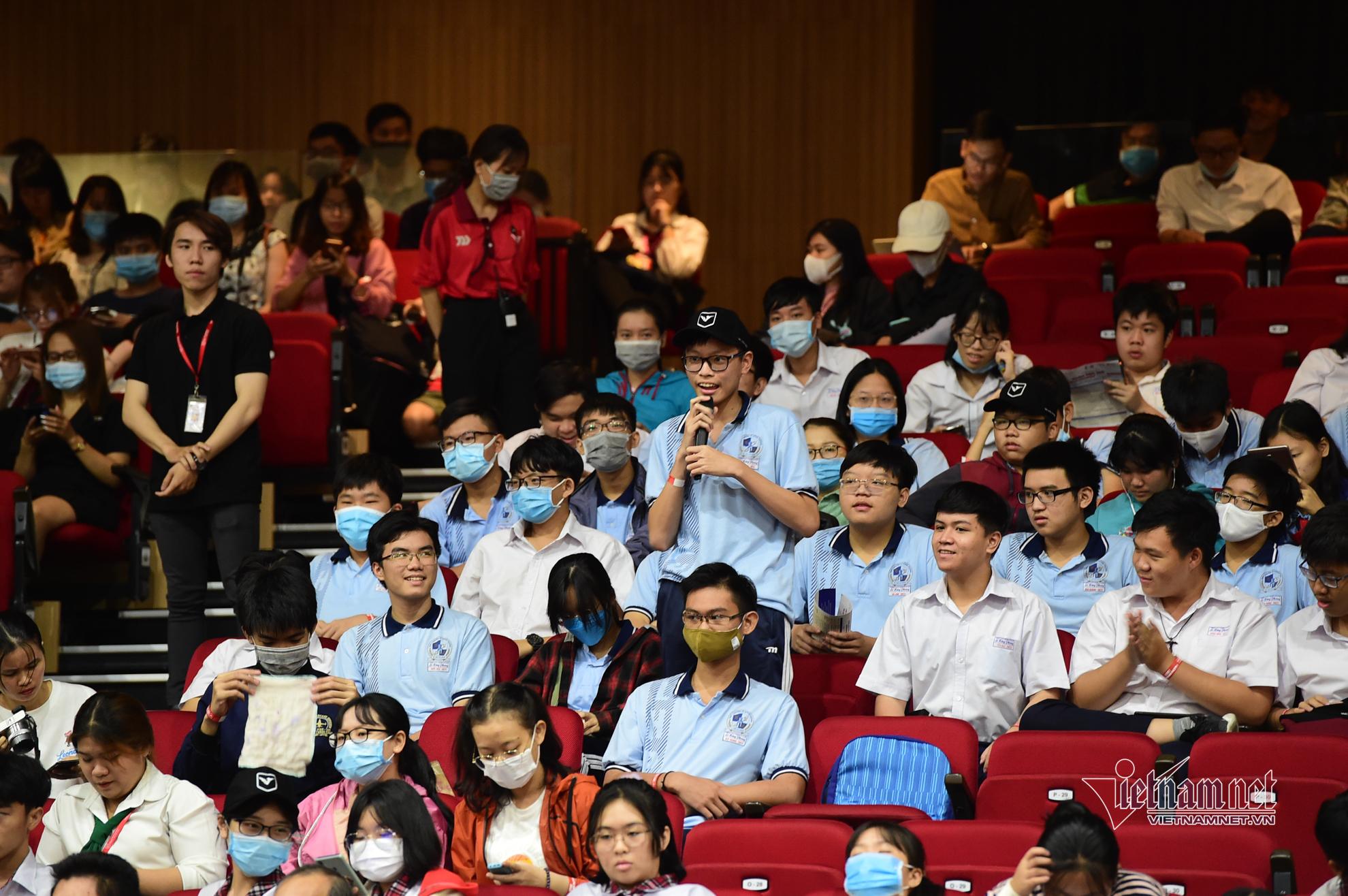 Gần 3.000 học sinh, sinh viên tham gia Ngày hội Toán học tại TP.HCM