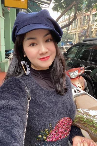 13 Sao Việt hôm nay 25/2: Phút bình yên của Chí Trung và bạn gái ở quê