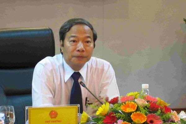 Former deputy minister summoned for Vu Huy Hoang's trial