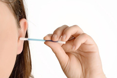 Màu ráy tai tiết lộ tình trạng sức khỏe
