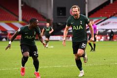 Harry Kane tỏa sáng, Tottenham đại thắng sân khách
