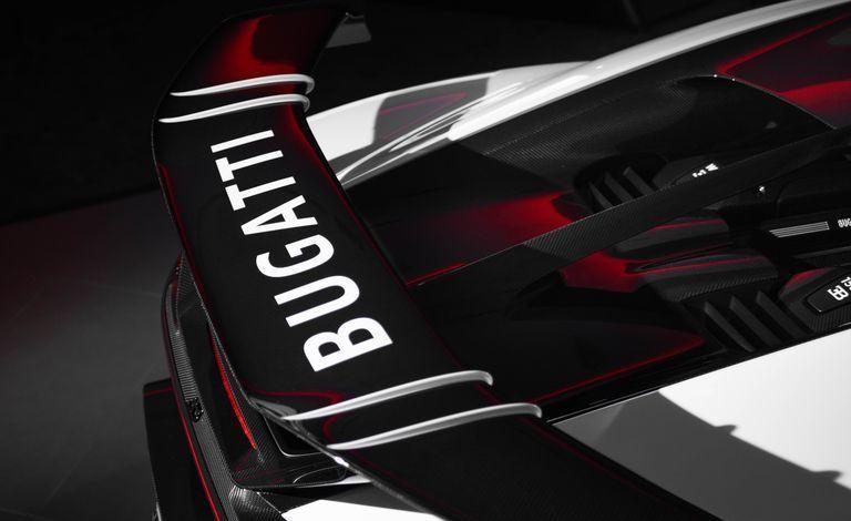 Ngắm chiếc Bugatti Chiron Pur Sport giá 3,6 triệu USD đầu tiên tại Mỹ
