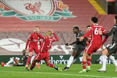 Alisson xuất thần, Liverpool thoát thua trước MU