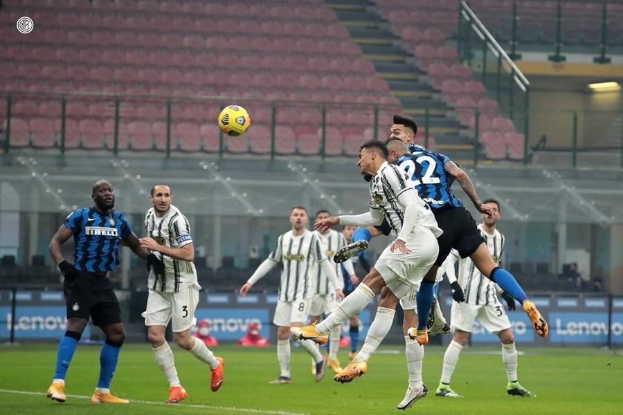 Ronaldo tắt điện, Juventus thua trắng Inter Milan