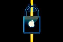 Lý do nhiều đối tác không dám nhắc tên Apple