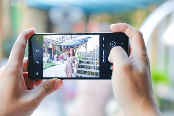 Ảnh đẹp đón Tết với 5 camera hạng A của Galaxy A12