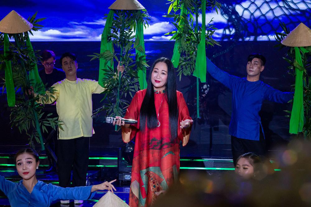 Mỹ Lệ, Lam Trường, Hồ Lệ Thu gửi xuân về miền Trung