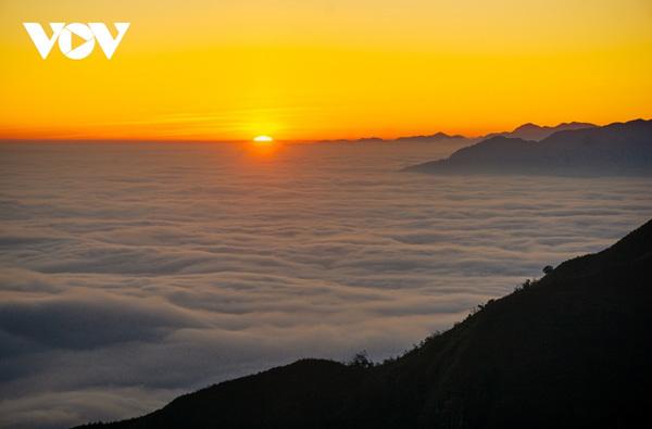Trekkers,Muoi Mountain,Lao Cai travel