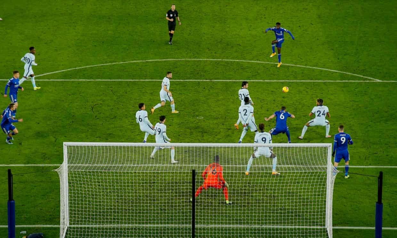 Chelsea lại thua: Lampard vẫn chưa biết dùng tiền!