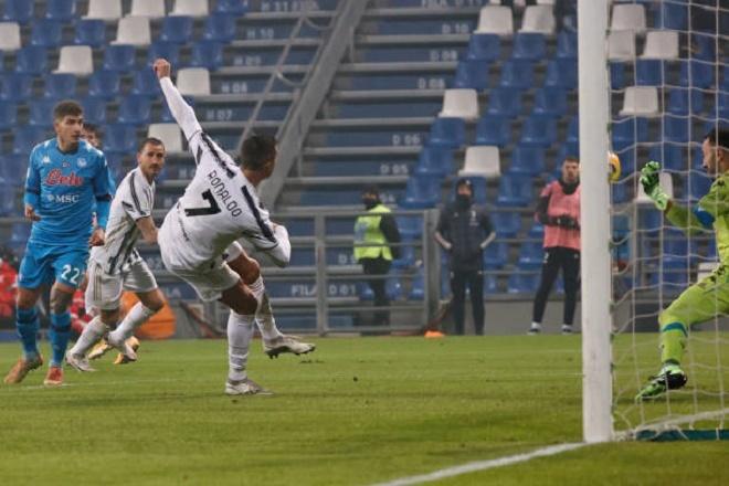 Ronaldo phá kỷ lục, Juventus đoạt Siêu cúp Italy