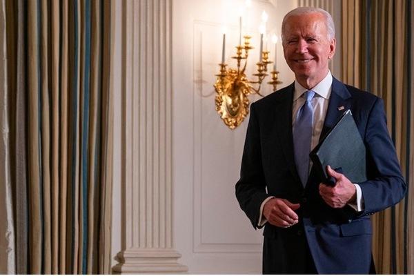 Tỷ lệ ủng hộ Tổng thống Joe Biden cao chót vót