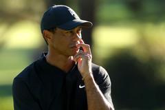 Tiger Woods phẫu thuật lưng, nghỉ ít nhất 2 tháng