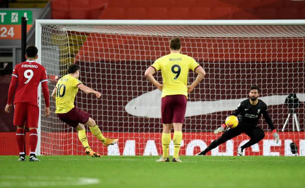 Kết quả bóng đá hôm nay 22/1: Liverpool thua sốc tại Anfield