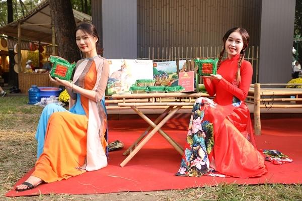 Tái hiện không gian Tết 3 miền tại Lễ hội Tết Việt 2021