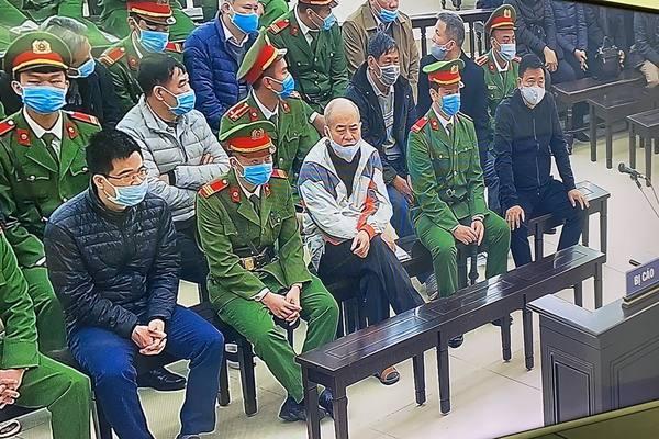 Hoãn xử ông Đinh La Thăng, Trịnh Xuân Thanh vì vắng'nhân vật đặc biệt''