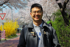 Young Vietnamese PhD living in Korea pursues his life's passion: science