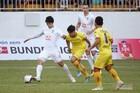 HAGL 0-1 SLNA: Đội khách bị đuổi người (H1)