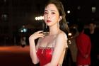 Quỳnh Nga đăng ảnh gợi cảm khiến Việt Anh căng thẳng