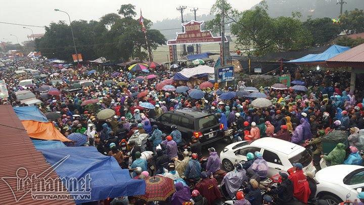 Nam Định dừng tổ chức phiên chợ Viềng 2021