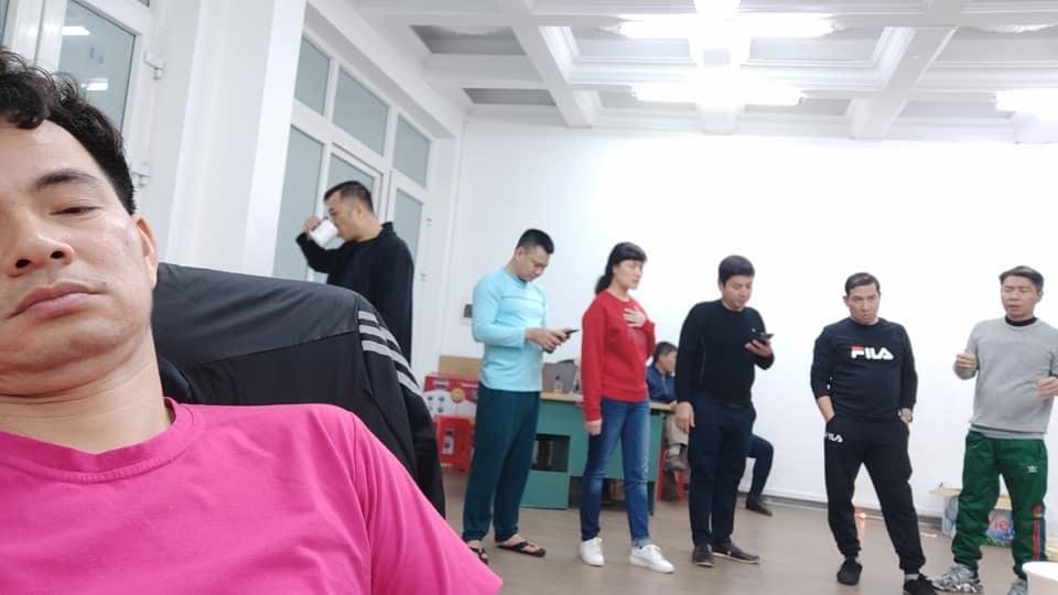 Vân Dung than trời trước ngày ghi hình Táo Quân 2021