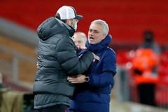 Mourinho chúc mừng… đểu Klopp và Liverpool
