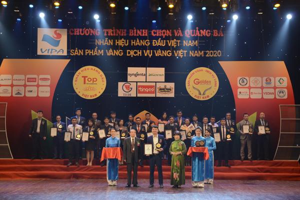 Tầm nhìn xa rộng đưa nước tinh khiết AVINAA vào top 50 nhãn hiệu hàng đầu Việt Nam