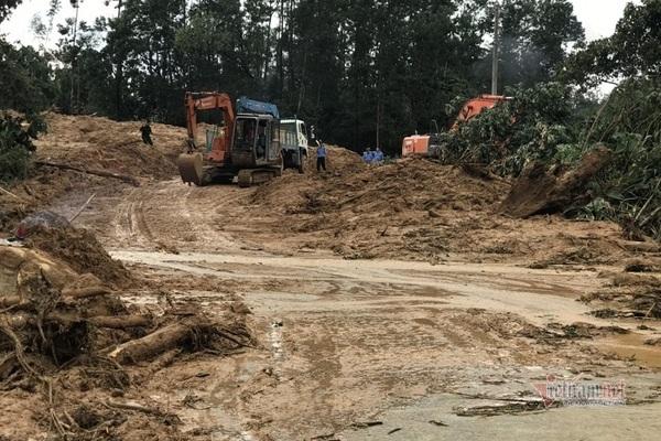Huyện xảy ra thảm họa sạt lở Rào Trăng 3 từ chối bắn pháo hoa