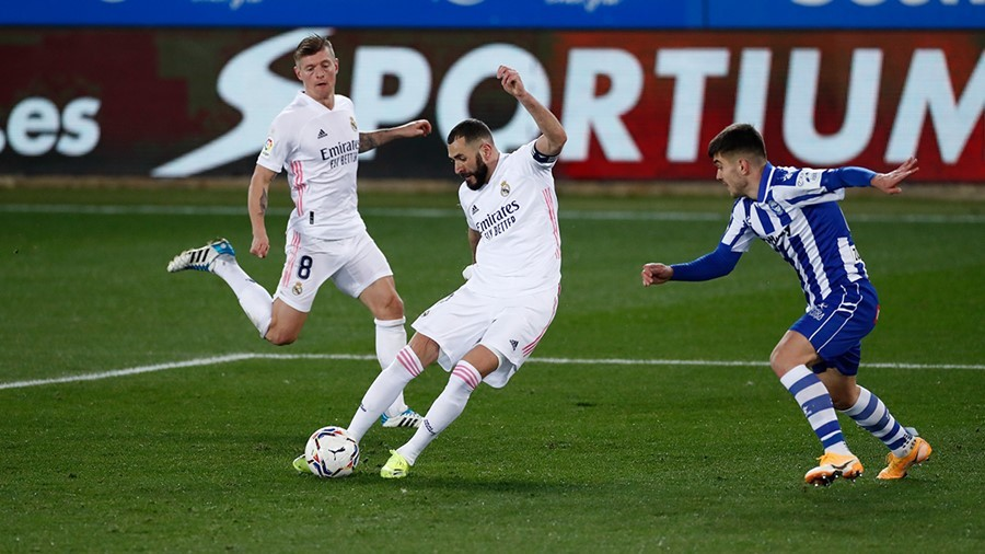 Hazard chói sáng, Real Madrid chặn đà khủng hoảng