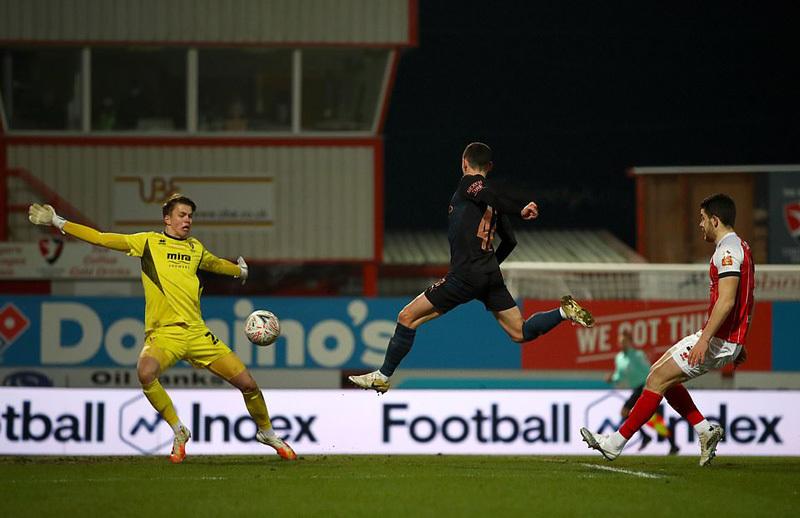 Man City 'toát mồ hôi' vào vòng 4 FA Cup