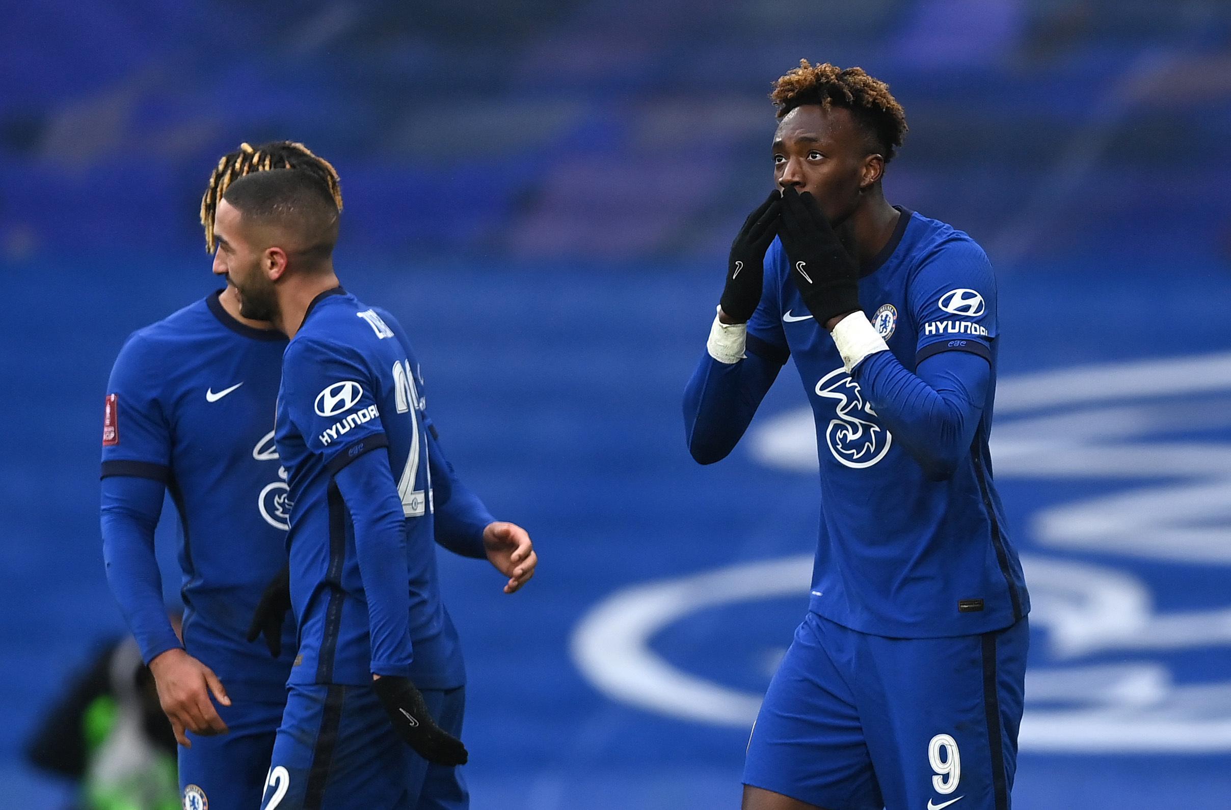 Abraham lập hat-trick đưa Chelsea vào vòng 5 FA Cup