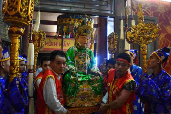 Đền, chùa Linh Quang đón bằng Di sản văn hoá phi vật thể quốc gia