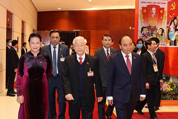 Tổng Bí thư, Chủ tịch nước Nguyễn Phú Trọng; Thủ tướng Nguyễn Xuân Phúc và Chủ tịch Quốc hội Nguyễn Thị Kim Ngân.