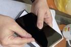 iPhone Xs Max giá 4 triệu: Bóc trần chiêu lừa đảo trên chợ mạng