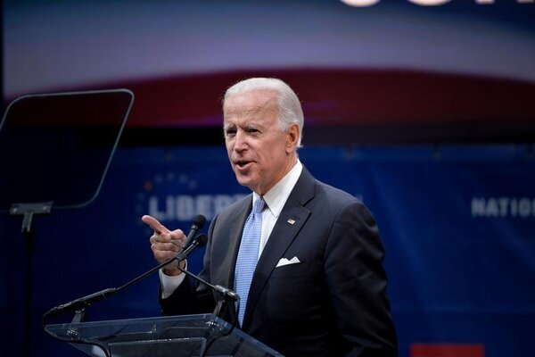 Tổng thống Mỹ Biden muốn kết thúc nhanh phiên luận tội ông Trump