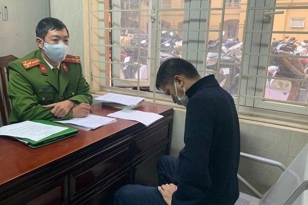 Khởi tố tài xế đánh gãy răng người nhắc dừng xe ở Hà Nội