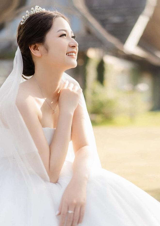 Được chị 'quảng cáo' trên mạng, cô gái lấy chồng sau một năm