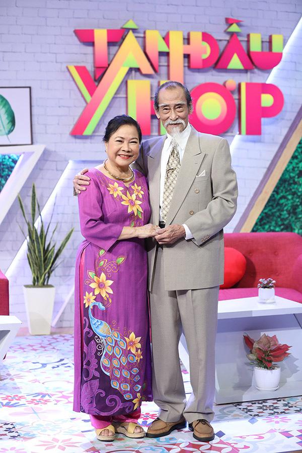 Tình yêu viên mãn gần 60 năm của NSƯT Thanh Dậu và Mạnh Dung