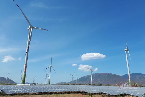 Đón nguồn điện vô tận: Việt Nam lập kỷ lục, vào top đầu thế giới