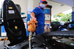 Giá xăng tăng trở lại