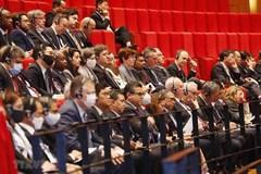 215 điện mừng của chính đảng, bạn bè quốc tế chúc mừng Đại hội Đảng