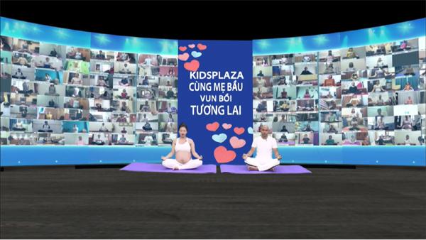 2000 mẹ bầu tập yoga trực tuyến xác lập kỷ lục thế giới