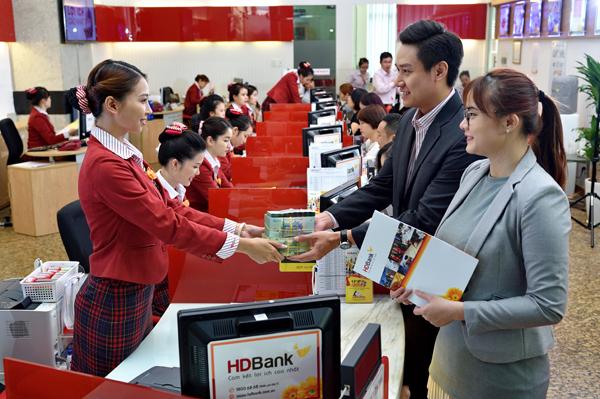 HDBank hoàn thành vượt mức kế hoạch năm 2020, nợ xấu 1%