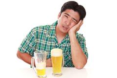 Bí quyết bảo vệ đại tràng cho người hay uống rượu bia