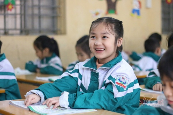 Tiếng Hàn trở thành môn học 'bắt buộc' từ lớp 3?